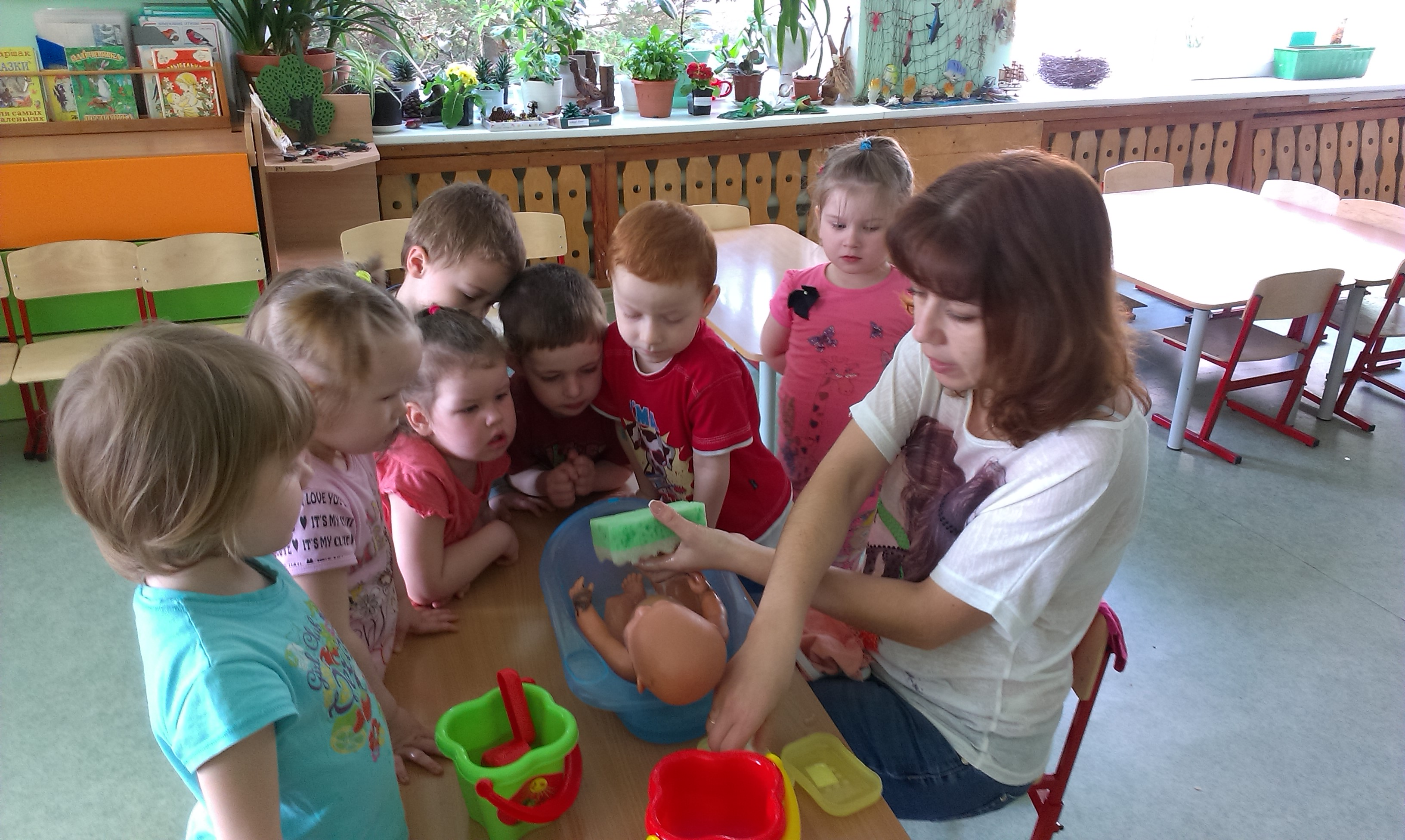 Картинки сюжетно-ролевая игра купание куклы сюжетно ролевая игра на уроке английского языка